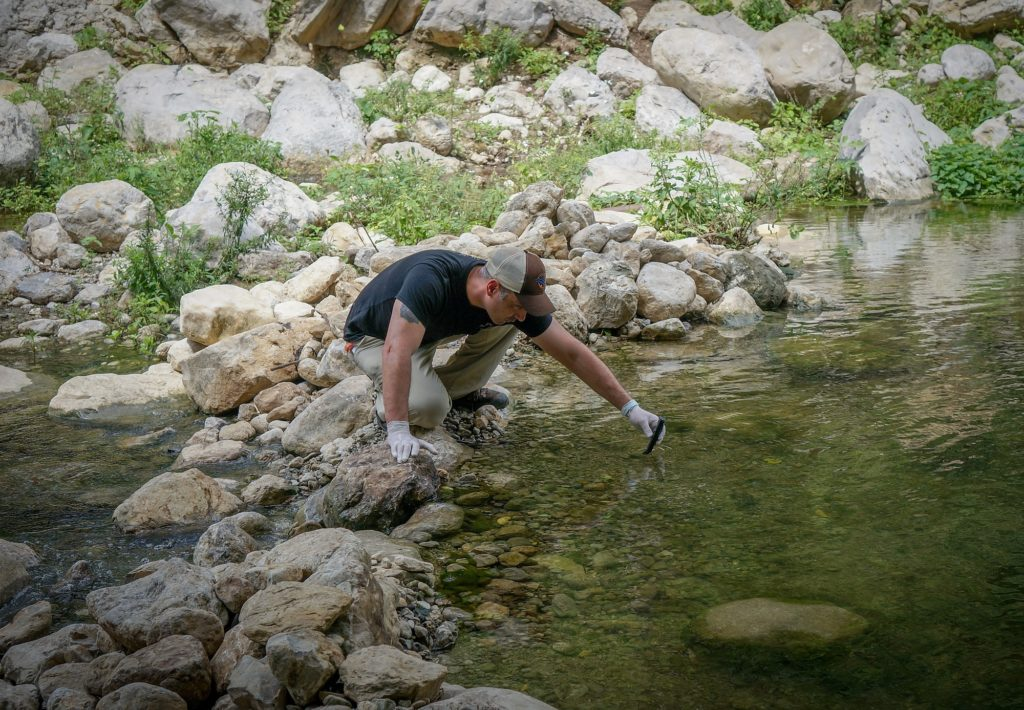Maule Itata Coastkeeper Rodrigo de la O Guerrero came to the Waterkeeper Alliance coal conference in Barranquilla to share his experience battling big coal in Chile. Here he is sampling water for pollution downstream of a Colombian coal mine.