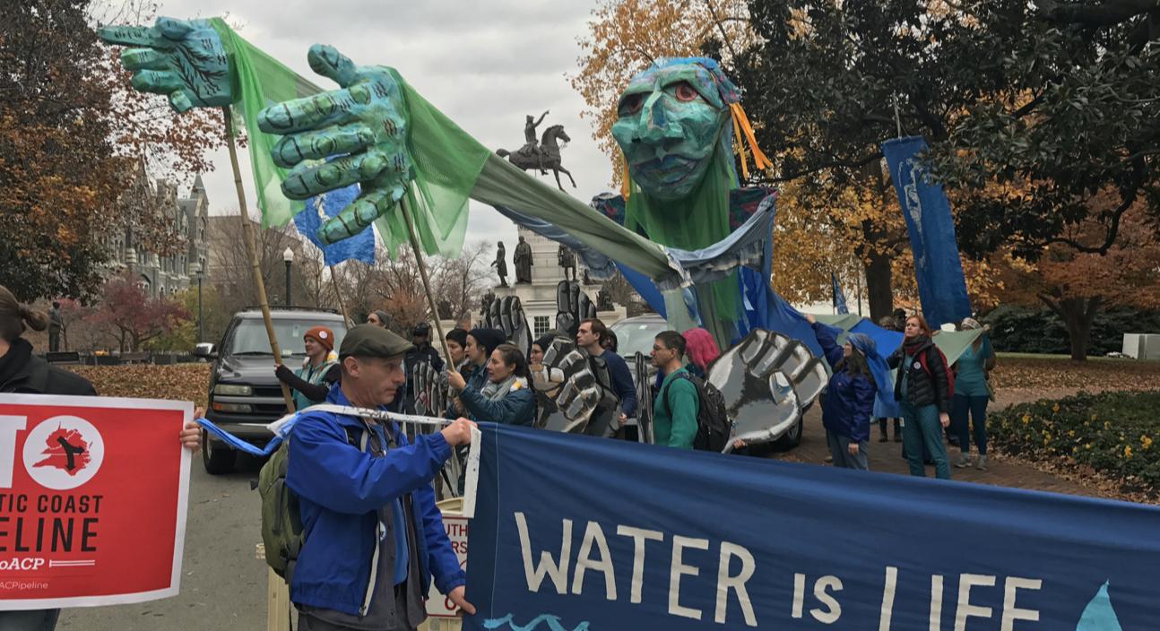 Pipeline protest by Shenandoah Riverkeeper